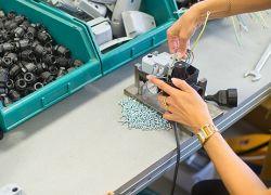 Italflexo - montáž kabelů